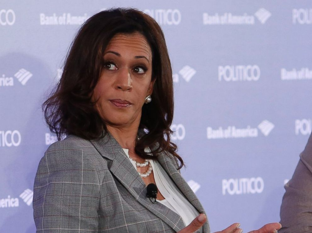 PHOTO: Kamala Harris speaks at a panel at Politicon in Los Angeles, Oct. 09, 2015.