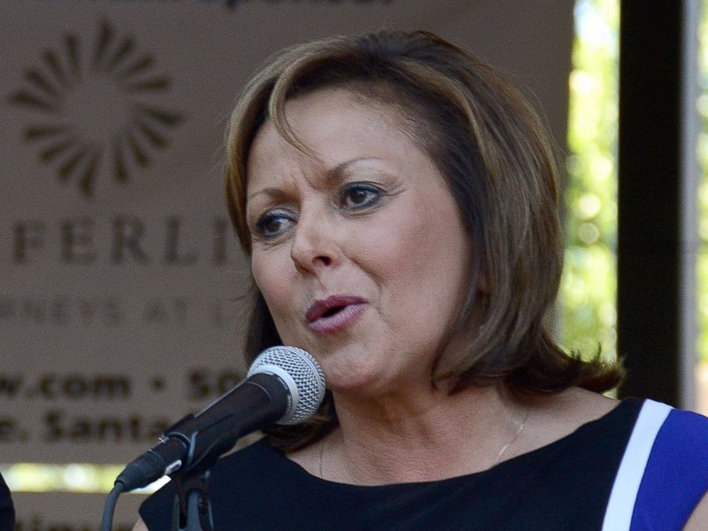 PHOTO: Susana Martinez, the Governor of New Mexico, talks to a music festival audience on Santa Fes historic Plaza, Aug.4, 2015.