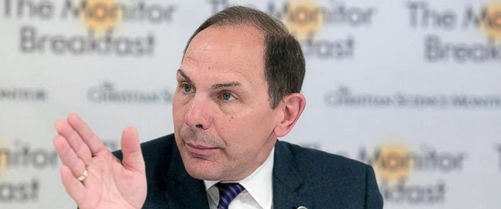 PHOTO: Department of Veterans Affairs Secretary Bob McDonald spoke with reporters Monday at a roundtable in Washington hosted by the Christian Science Monitor.