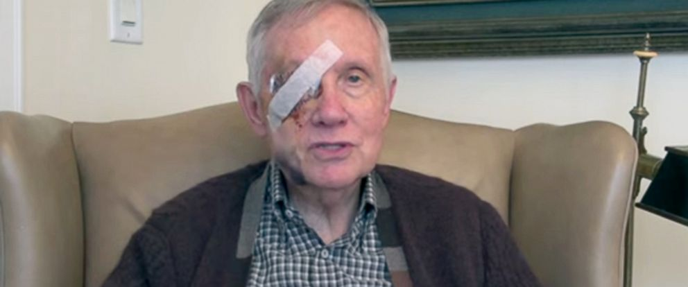 PHOTO: Senate Minority Leader Harry Reid delivers video message from home in Washington, D.C., after exercise injury.