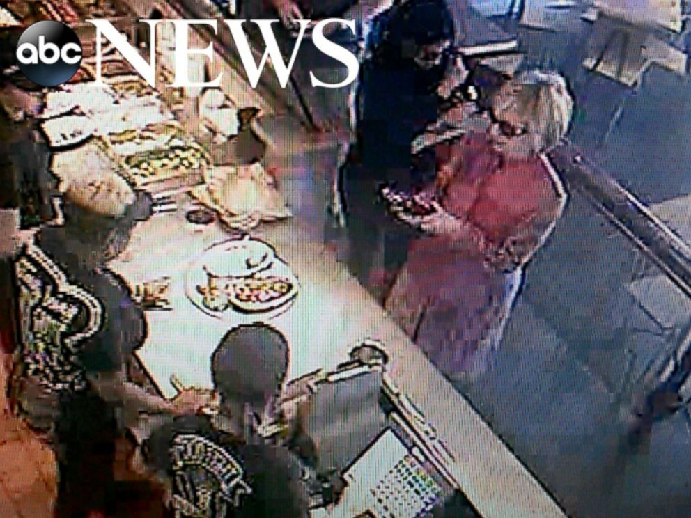 PHOTO: Hillary Clinton was spotted at a Chipotle in Ohio in August, 2015.