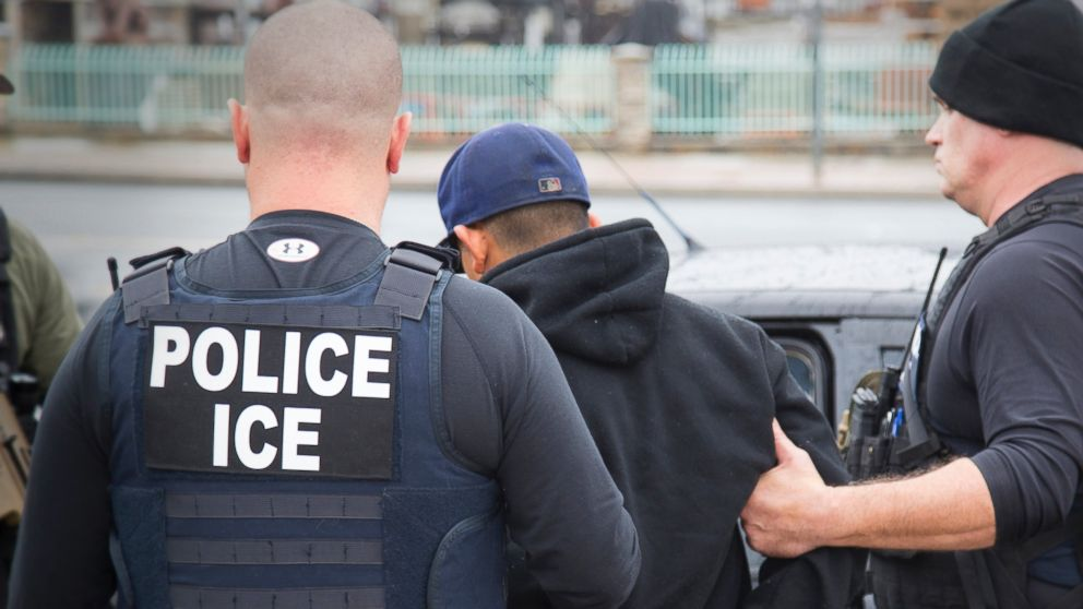 https://s.abcnews.com/images/Politics/Immigration_Raids_California_16x9_992.jpg