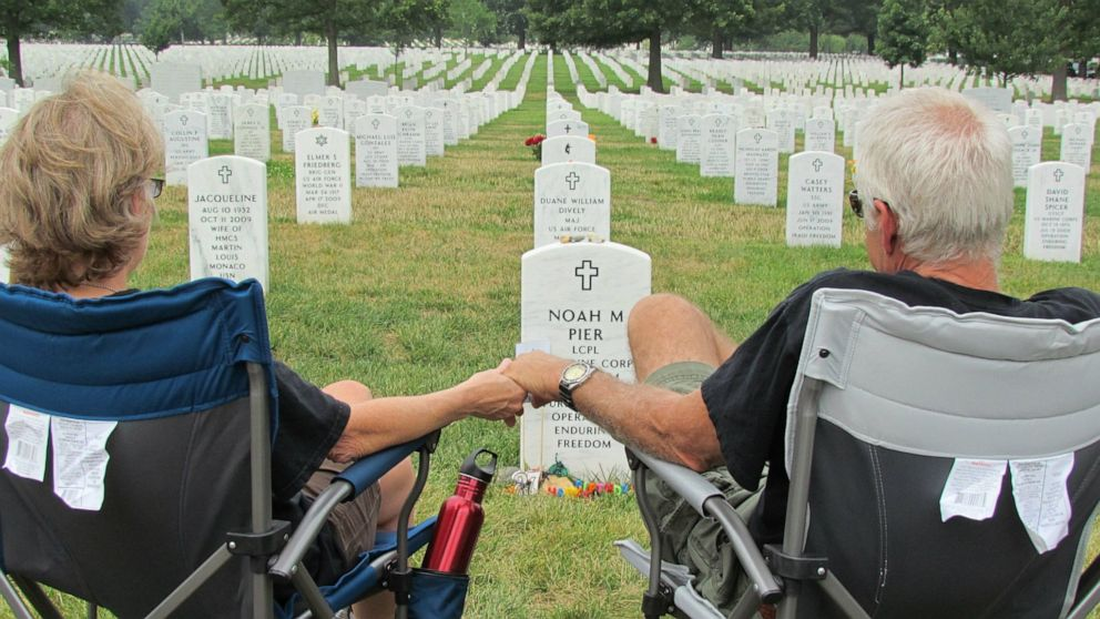 Military families share Memorial Day with nation mourning coronavirus losses