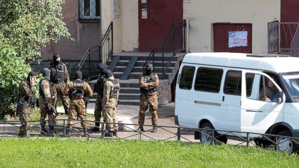 4 Dead in Counterterrorism Raid in St. Petersburg, Russia