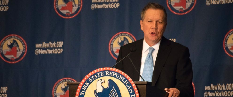 PHOTO: Presidential candidate John Kasich speaks at the New York Republican Party Gala Dinner at the Grand Hyatt Hotel on April 14, 2016 in New York City.