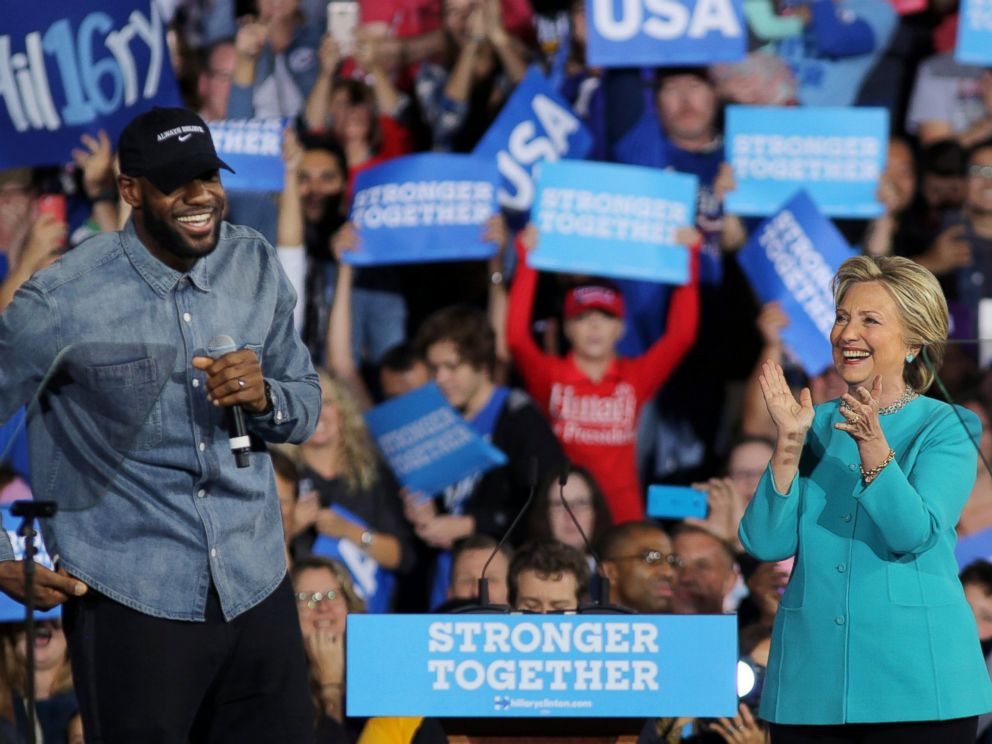 PHOTO: NBA basketball player Lebron James introduces U.S. Democratic presidential nominee Hillary Clinton during a campaign rally in Cleveland, Nov. 6, 2016.