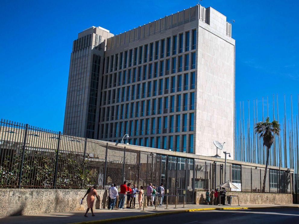 PHOTO: People line up outside the United States embassy in Havana, Cuba, the day after Republican presidential candidate Donald Trump defeated Democrat Hillary Clinton in the U.S. general election, Nov. 9, 2016.