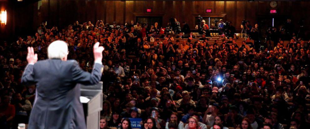 PHOTO: Democratic U.S. presidential candidate Bernie Sanders addresses the crowd during a rally in Scranton, Pennsylvania, U.S., April 21, 2016.
