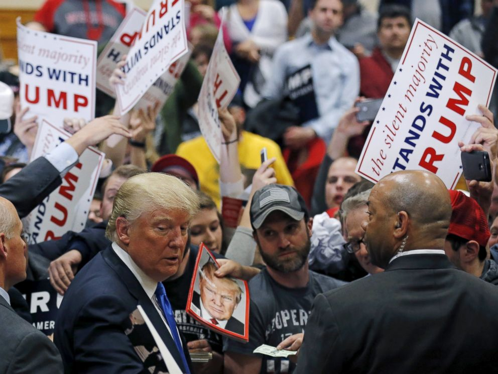 PHOTO: Donald Trump greets supporters at a campaign rally in West Allis, Wisconsin, April 3, 2016.