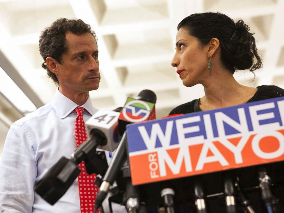 PHOTO: Anthony Weiner and Huma Abedin attend a news conference in New York, July 23, 2013.