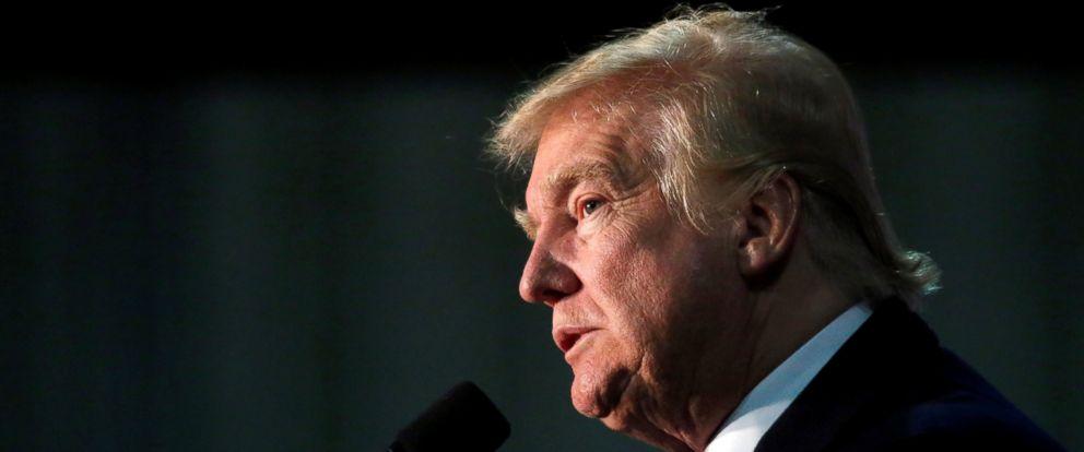 PHOTO: Republican presidential nominee Donald Trump speaks during a campaign rally in Leesburg, Virginia, Nov. 7, 2016.