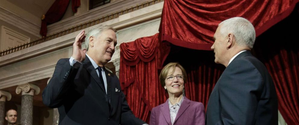 PHOTO: Vice President Mike Pence administers the Senate oath to Sen. Luther Strange, R-Ala., joined by his wife Melissa Strange, center, on Capitol Hill in Washington, Feb. 9, 2017.
