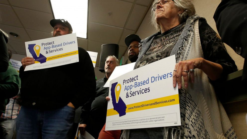 Uber, Lyft look to kill California law on app-based drivers thumbnail