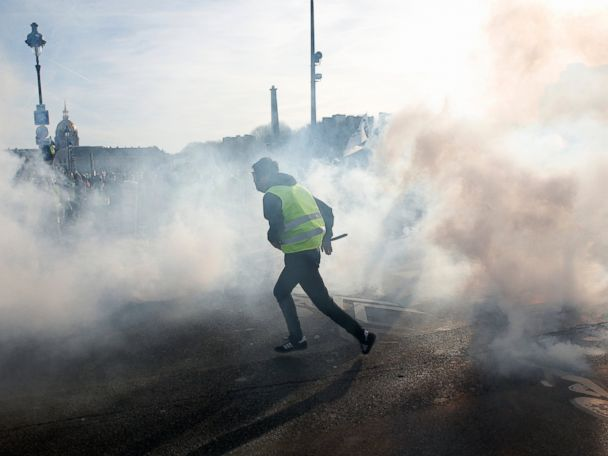 French protests mark 3 months, yield anti-Semitism probe