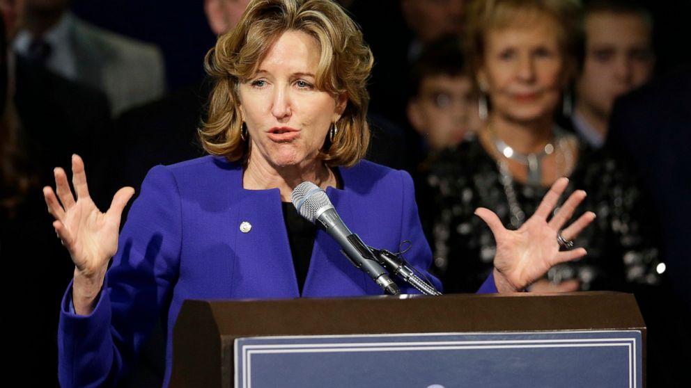 Υπηρεσία που θα πραγματοποιηθεί στο NC για πρώην Γερουσιαστή Κέι Χάγκαν