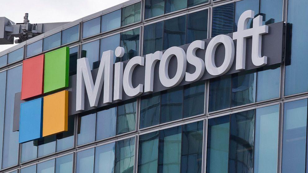 Pentagon hands Microsoft $10B 'war cloud' deal, snubs Amazon thumbnail