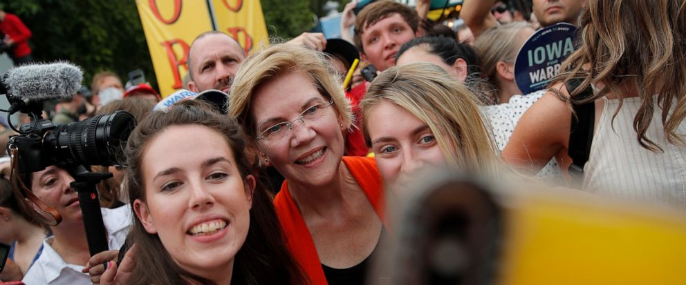 Warren wows in Iowa as candidates' sprint to caucuses begins - ABC News