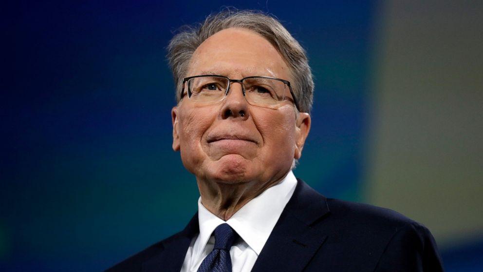 NRA-Abgabe der Steuererklärung: Umkämpfte Geschäftsführer verdient ungefähr $2 mil letztes Jahr