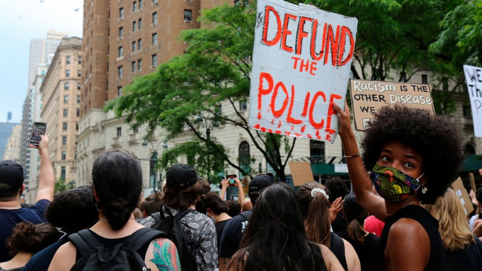 When protesters cry 'defund the police,' what does it mean? thumbnail