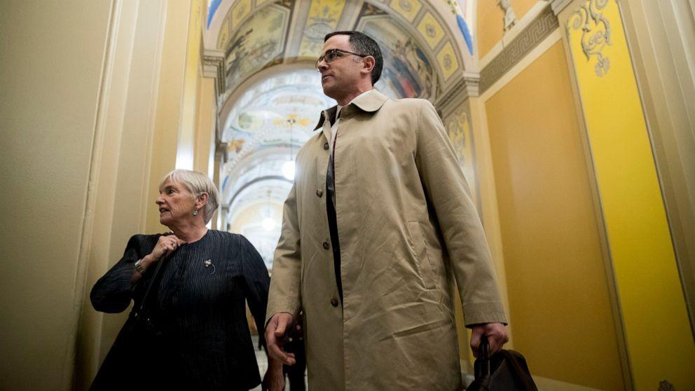 Ex-Ατού βοηθός επιβεβαιώνει Μπάιντεν καθετήρα που συνδέεται με την Ουκρανία ενίσχυση