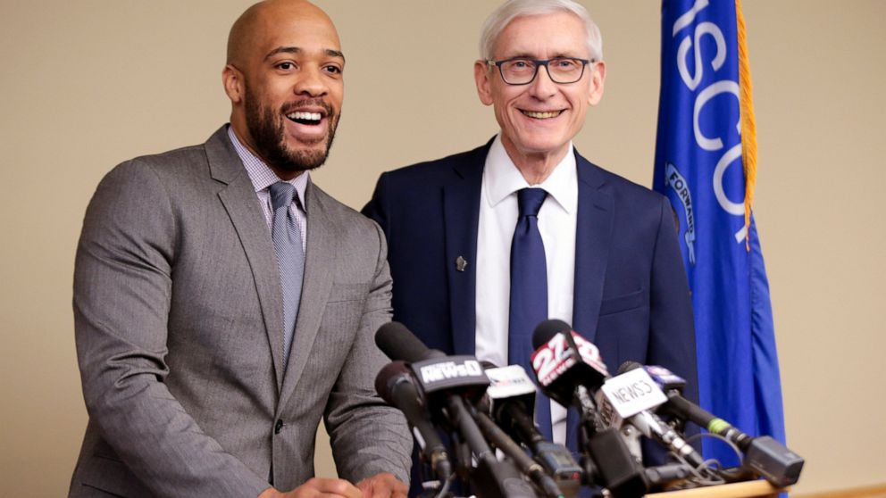 Evers creates new Wisconsin office to reach carbon-free goal