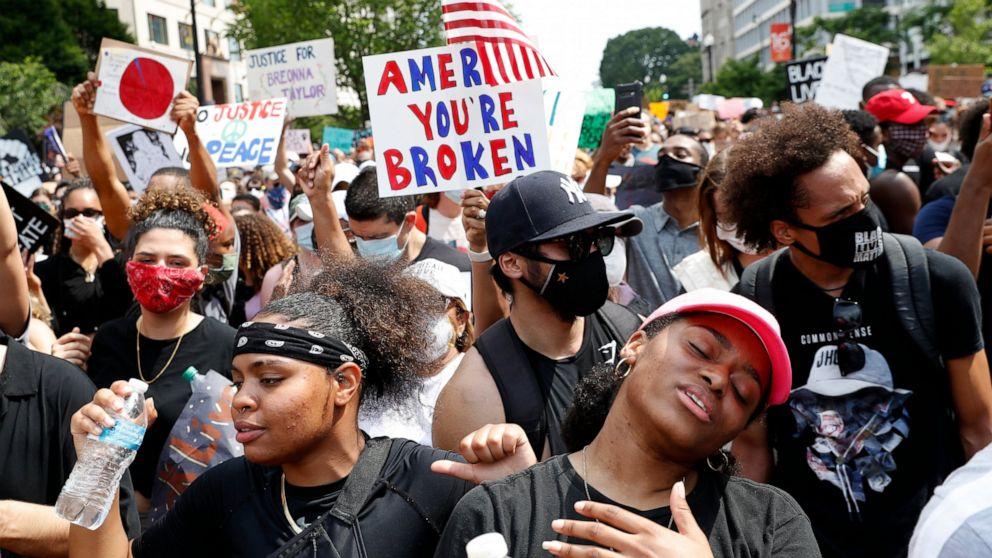 Washington protesters express optimism after week on edge thumbnail