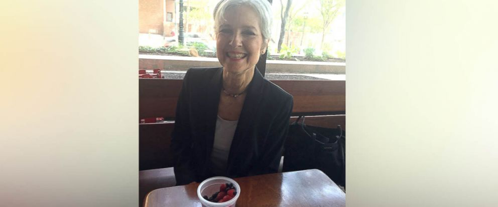 PHOTO: Presumptive Green Party presidential candidate Dr. Jill Stein has a snack of raspberries and blueberries in Philadelphia, July 25, 2016.
