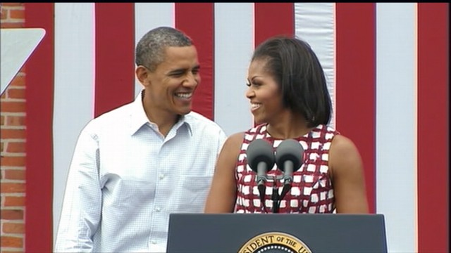 VIDEO: Michelle Obama Joins Her Husband On The Trail In Iowa