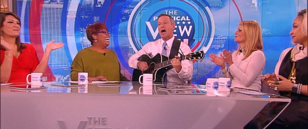 """PHOTO: The band-leading presidential candidate covers Taylor Swift song on """"The View."""""""