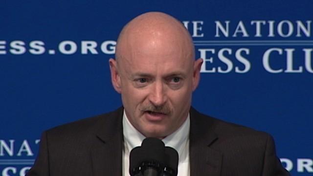 VIDE: Mark Kelly Jokes About Presidential Run