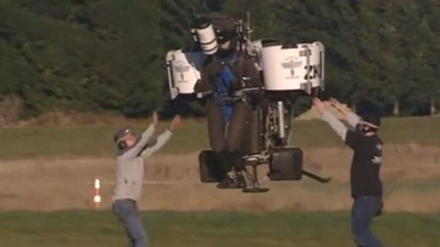 VIDEO: Jetpack Flies To Over 5,000 Feet