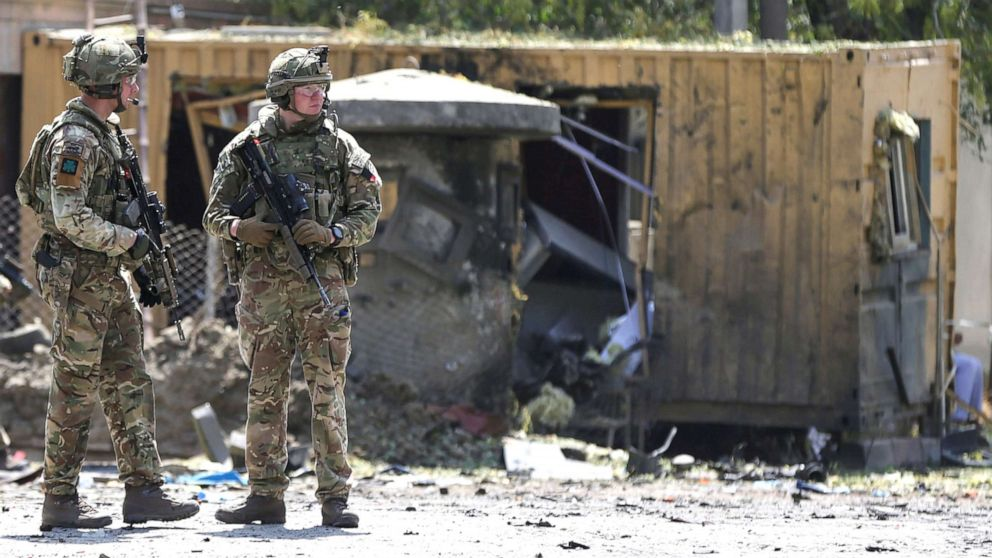 Taliban kills US service member, others in Kabul bombing as talks resume thumbnail