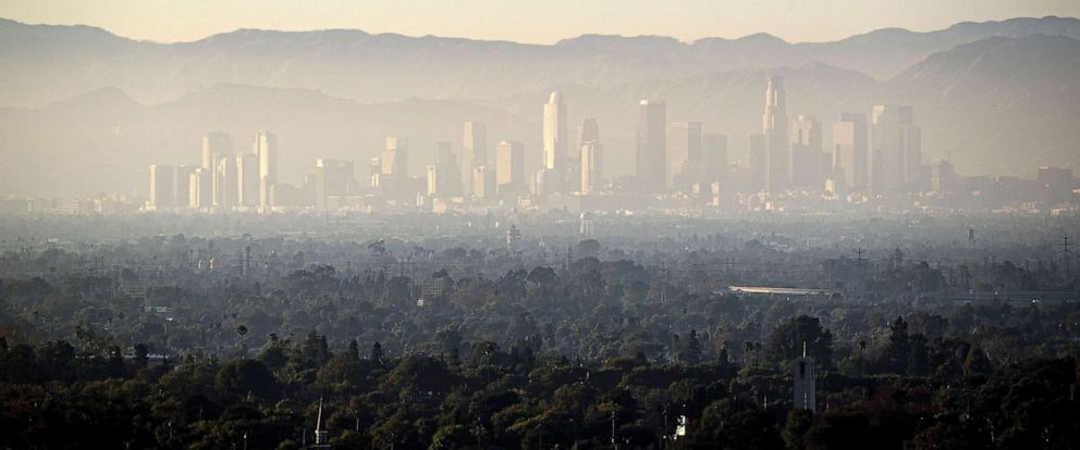PHOTO: A layer of smog covers Downtown and the nearby areas in Los Angeles, August 14, 2019.
