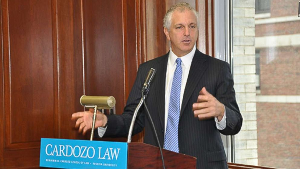Alan S. Futerfas speaks at Cardozo School of Law, February 2013.
