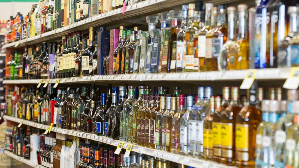 Last state to bar Sunday beer, wine and liquor carryout