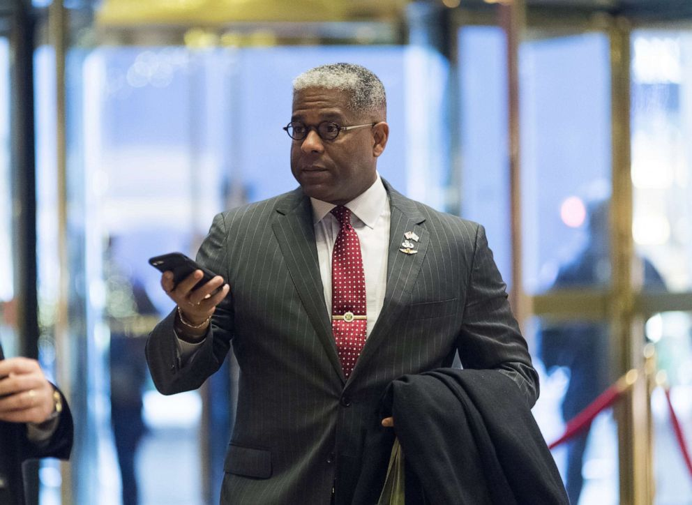 PHOTO: Allen West, chief executive officer of the National Center for Policy Analysis, arrives in the lobby of Trump Tower in New York, Dec. 12, 2016.