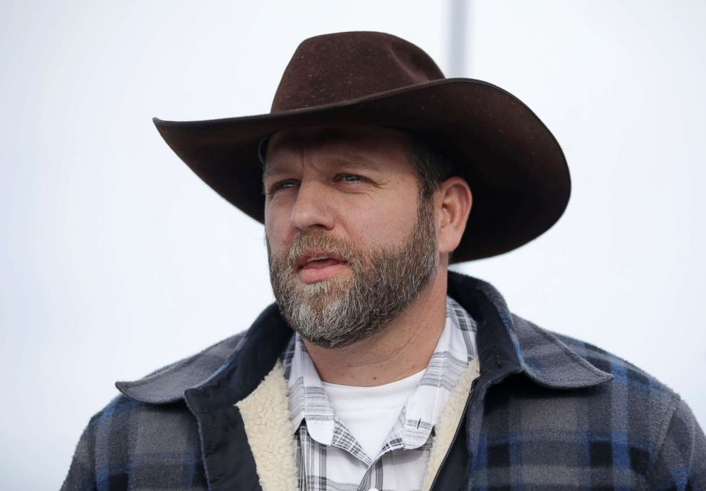 PHOTO: Ammon Bundy, one of the sons of Nevada rancher Cliven Bundy, speaks with reporters during a news conference at Malheur National Wildlife Refuge headquarters, Jan. 4, 2016, near Burns, Ore.