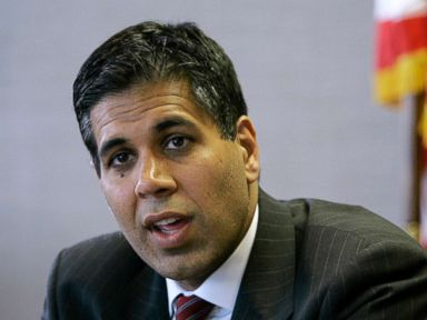 PHOTO: Judge Amul Thapar talks with The Associated Press in Lexington, Ky., May 18, 2006.