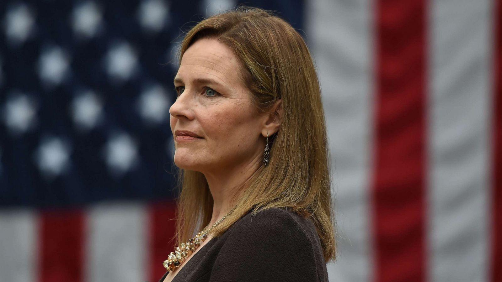 NA KORAK DO POTVRĐIVANJA MANDATA: Pravosudni odbor Senata prihvatio nominaciju Amy Coney Barrett za sutkinju Vrhovnog suda!