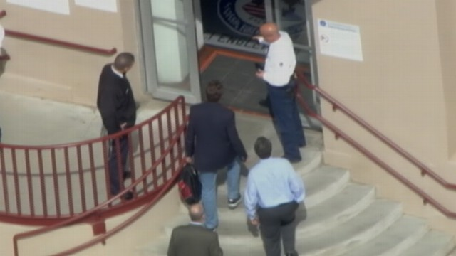 Rod Blagojevich Arrives at Colorado Prison Video - ABC News