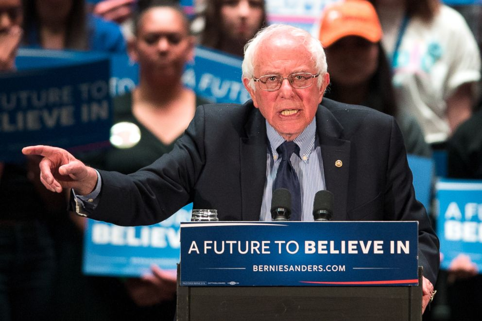 PHOTO: Democratic presidential candidate, Sen. Bernie Sanders speaks at a campaign stop in Scranton, Pa., April 21, 2016.