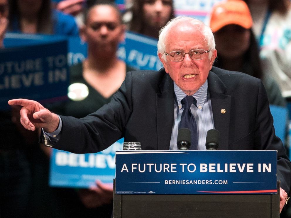 PHOTO: Democratic presidential candidate, Sen. Bernie Sanders speaks at a campaign stop, April 21, 2016, in Scranton, Pa.