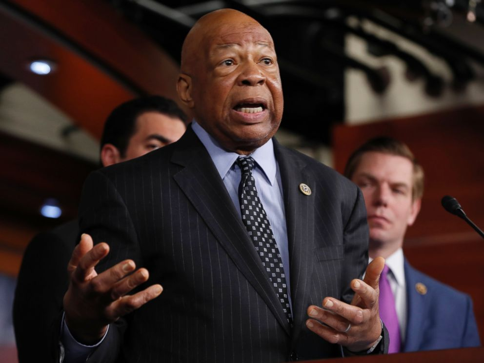 PHOTO: Rep. Elijah Cummings, ranking member on the House Oversight and Government Reform Committee, speaks during a news conference on Capitol Hill in Washington, May 17, 2017.