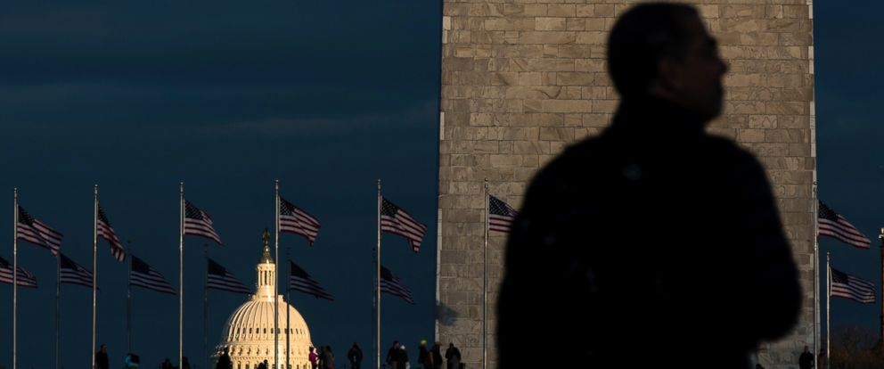PHOTO: The setting sun illuminates the Capitol as preparations continue for the inauguration of Donald Trump in Washington, Jan. 18, 2017.