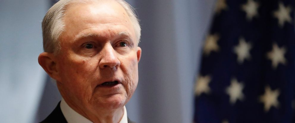 PHOTO: Attorney General Jeff Sessions speaks in Central Islip, N.Y., April 28, 2017.