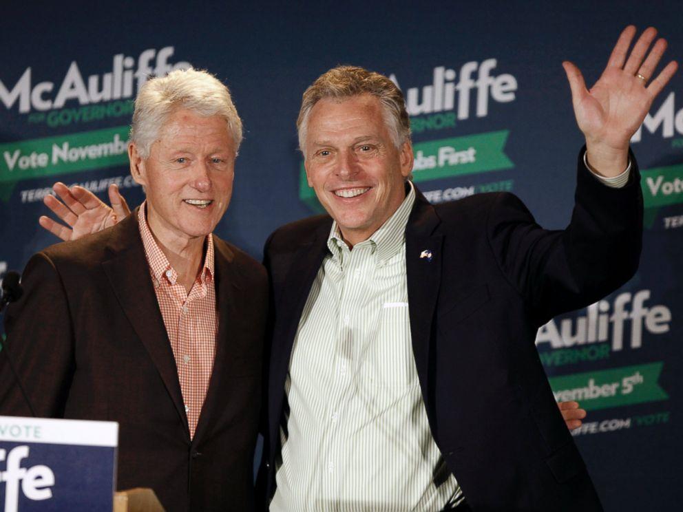 Terry McAuliffe Draws on Bill Clinton Magic as Lead Widens at End of Va.  Race - ABC News