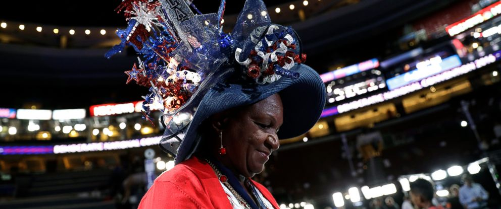 PHOTO: Florida delegate Lavon Bracy arrives on the convention floor before the start of the first day session of the Democratic National Convention in Philadelphia, July