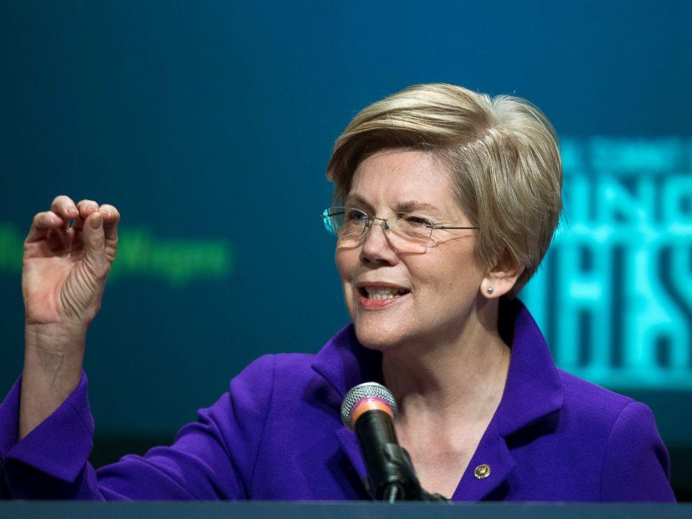 PHOTO: Sen. Elizabeth Warren, D-Mass. speaks about raising wages during the forum AFL-CIO National Summit, Wednesday, Jan. 7, 2015, at Gallaudet University in Washington.