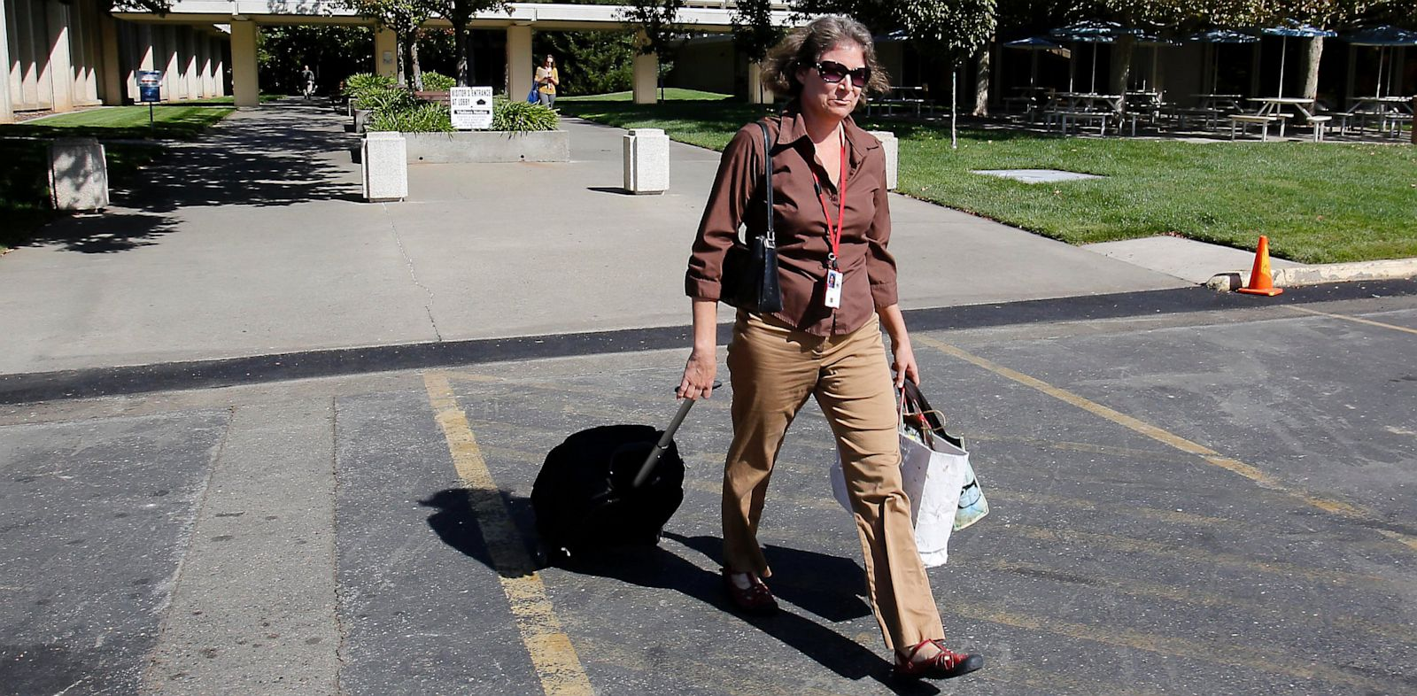 PHOTO: Furloughed federal employee