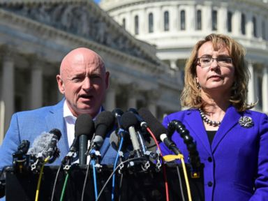 Former astronaut Mark Kelly announces run for John McCain's seat in Arizona